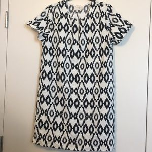 NWOT Black & White Ikat Print Shift Dress